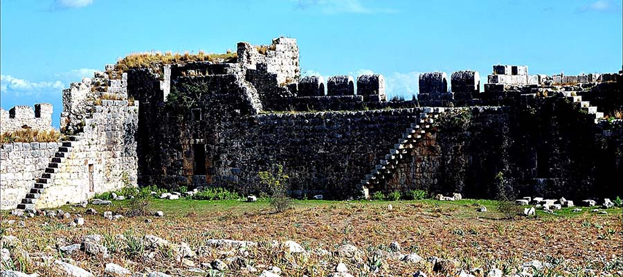 Anavarza Antik Kenti - Surlar
