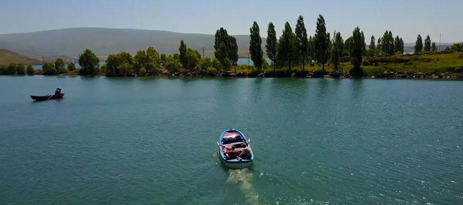 Çıldır Gölü - Mevsim