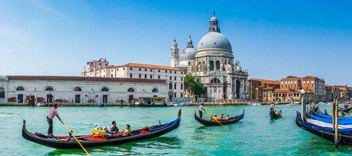 Kanallar Şehri Venedik - Gondol Turları