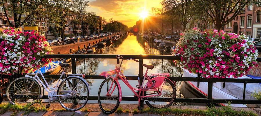 Yurt Dışına İlk Kez Çıkacaklara Tavsiyeler - Amsterdam